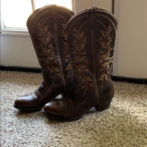 Ariat Woman's boots size 9